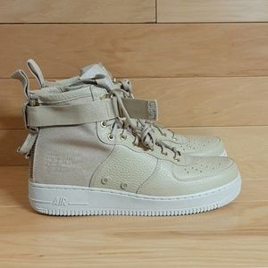 Special Field Nike Air Force 1 SF1 Mid 917753-200
